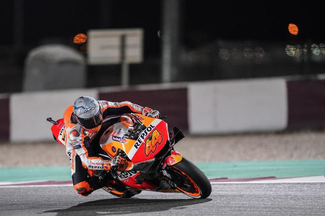 画像: ホンダRC213Vでの初レースを、ホンダ勢最上位の8位でフィニッシュしたP.エスパルガロ。 motogp.hondaracingcorporation.com