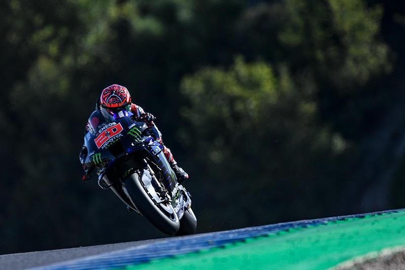 画像: ヤマハYZR-M1を駆り、MotoGPクラス4度目のヘレスでのポールポジションを獲得したF.クアルタラロ。 race.yamaha-motor.co.jp