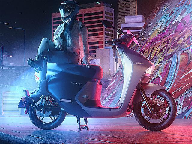 画像: 現行モデルのEC-05 ABS。車名が示すとおり、ABS(アンチロック・ブレーキ・システム)を装備。またカード型のスマートキーと、グレーシャーグレーのカラーリングを採用しています。 www.yamaha-motor.com.tw