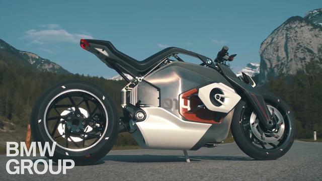 画像: The BMW Motorrad Vision DC Roadster. youtu.be