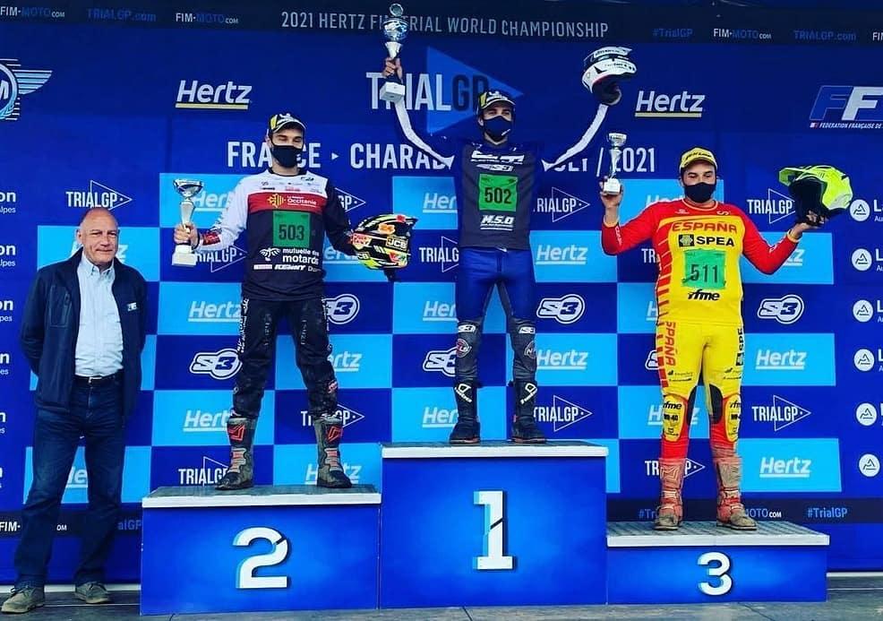 画像: フランス・シャレードのトライアルEの表彰台。1位ガエル・シャタヌ、2位ジュリアン・ペレ、3位マーティン・リオボ・エルメロと、EMユーザーが1〜3位に入りました。 www.facebook.com