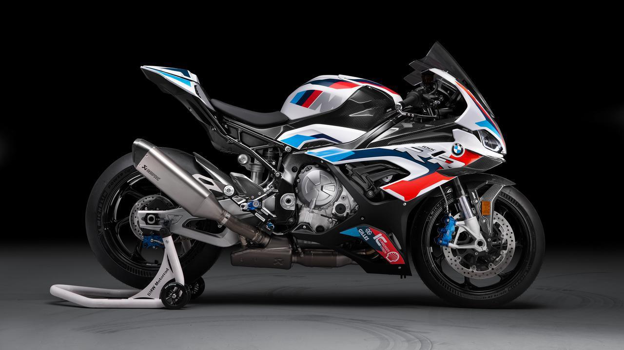"""画像: [BMW] 青/紫/赤・・・BMWの""""Mカラー""""の意味って、ご存知ですか!? [M1000RR] - LAWRENCE - Motorcycle x Cars + α = Your Life."""