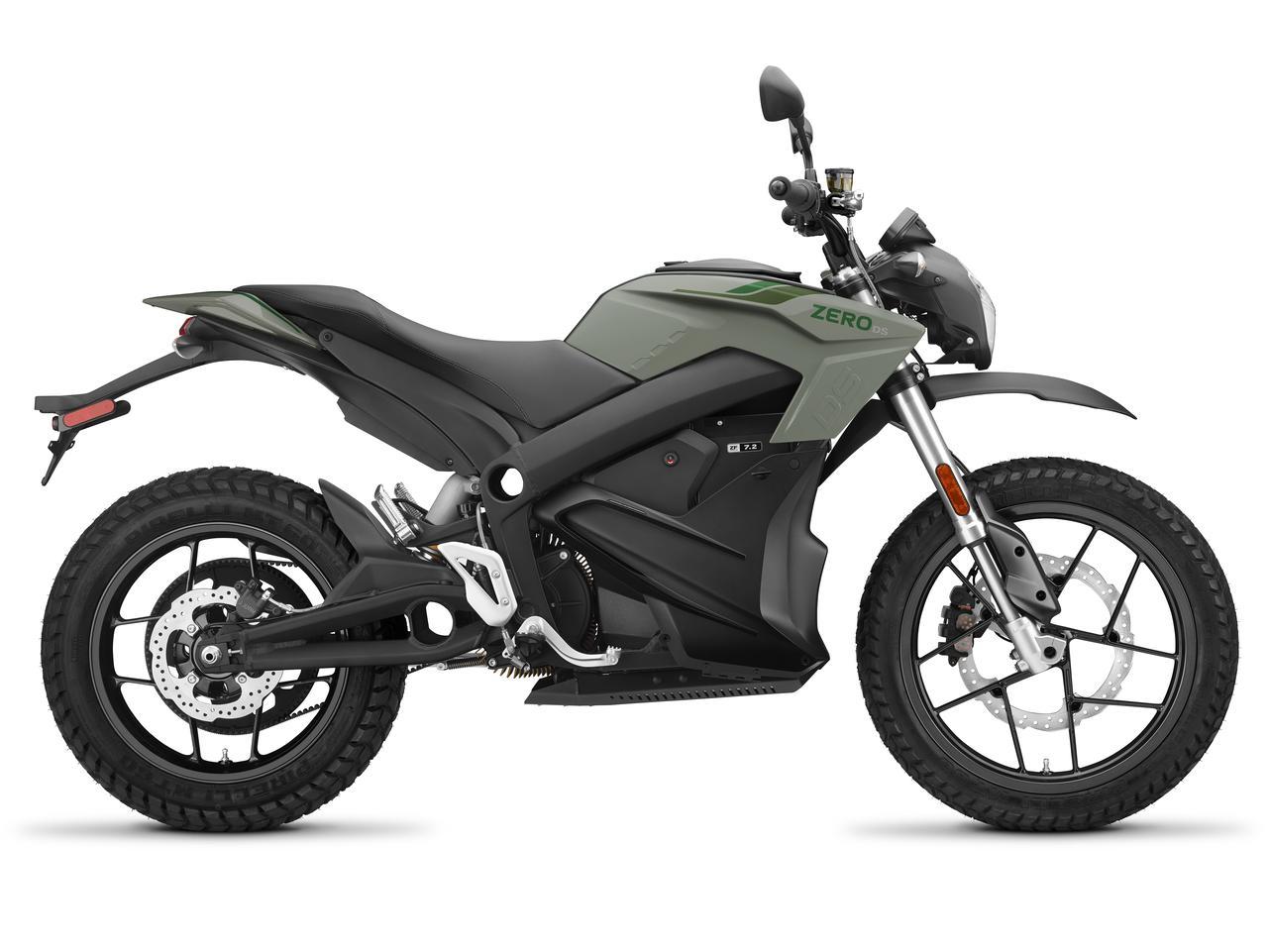 画像: ゼロのロングセラーモデルであるDSは、フロント19インチを採用するデュアルパーパスモデル。搭載するモーターはFXSと同タイプで、最高出力は34kw(46PS)/4,300rpm。AT含む普通自動二輪免許で運転可です。 www.rental819.com