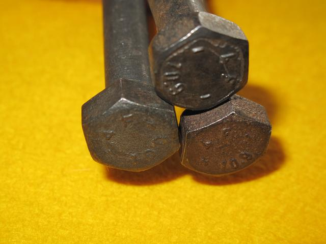 画像: 【10.9印の高張力ボルトが使われています】