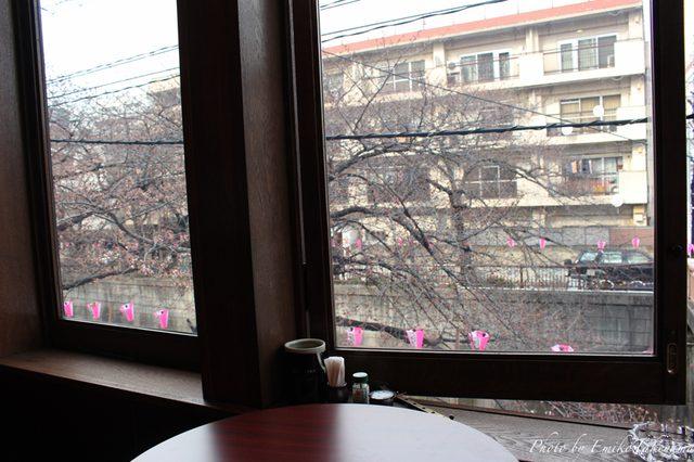 画像: 2階はカウンター。 tabelog.com