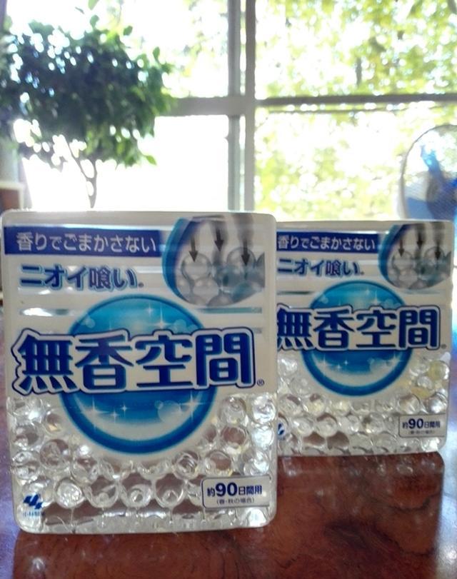 画像: 『透明ビーズでニオイ喰い! 小林製薬 【無香空間】で 生活臭を消臭。』