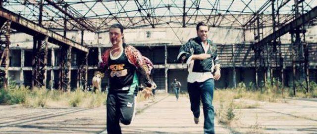画像: Axwell Λ Ingrosso、最新ミュージックビデオで流血の殴り合い