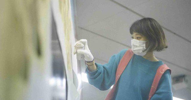 画像: 水曜日のカンパネラ、コムアイJR渋谷駅内広告に落書き!?