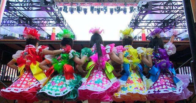 画像: ももクロの祭り、「桃神祭2015 エコパスタジアム大会」のオフショットトレーラー解禁!