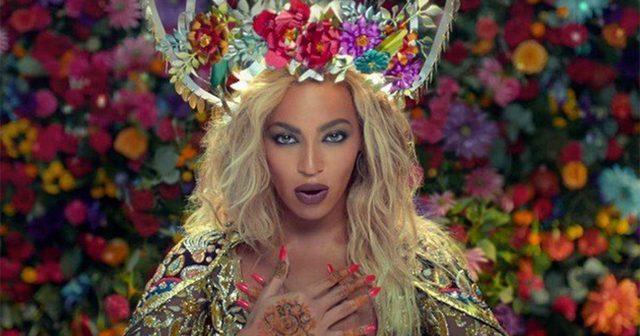 画像: Coldplay最新作より、Beyonce参加の「Hymn For The Weekend」MV公開!