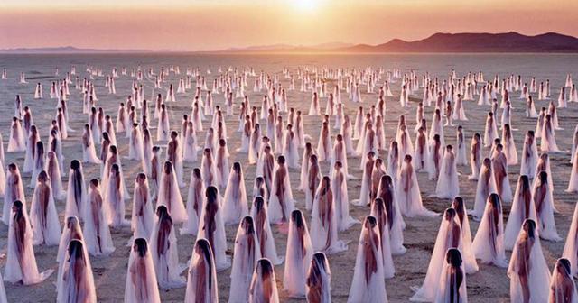 画像: 砂漠で繰り広げられる異空間Burning Man、年間を通してのイベント実現を目指す
