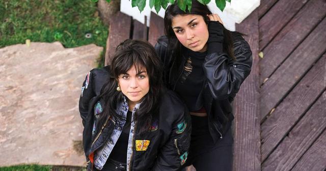 画像: 最強姉妹DJユニット、Krewellaが新曲をリリース!姉妹の過去と現在の姿が交錯するスペシャルなMVも公開!