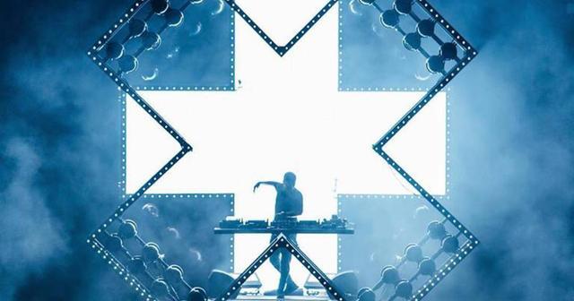 画像: Martin Garrix、TomorrowlandにてYTRAM名義でハウス・セットを披露