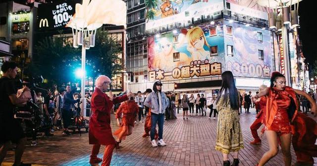 画像: 【Jonas Blue】東京で撮影された新曲ミュージック・ビデオが公開!
