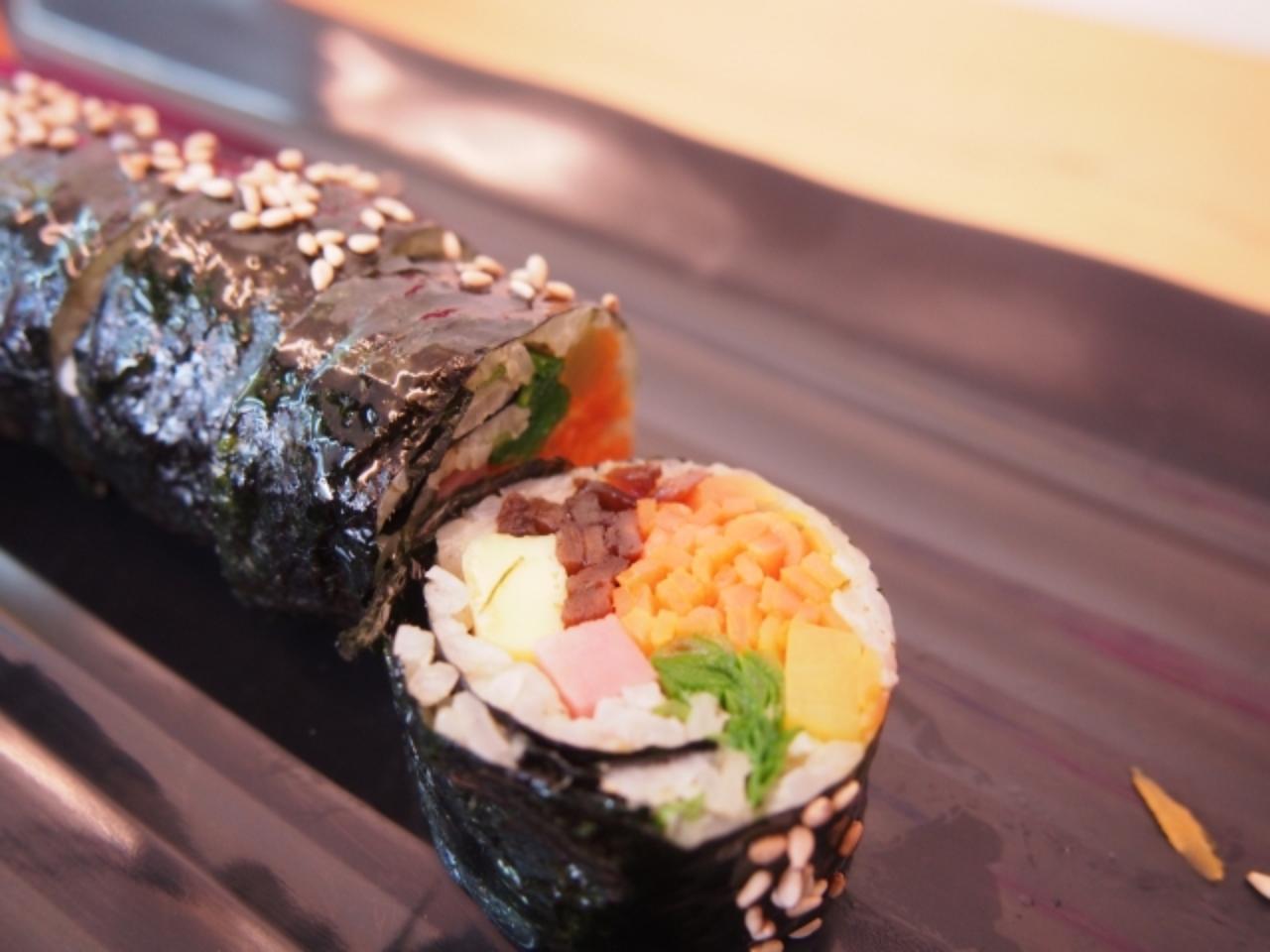 画像: 日本と似てるようで違う!韓国の海苔巻き「김밥(キンパ)」