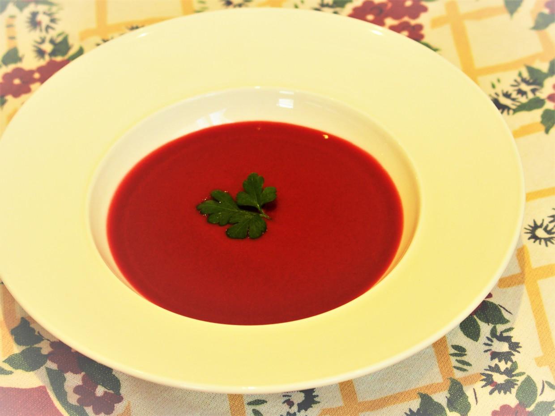 画像: 可愛いビーツのスープ | Petit Pois