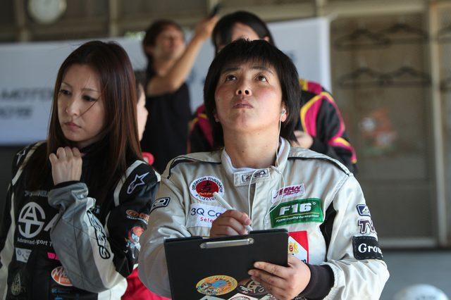 画像4: マツダWIMの女性ドライバーがトークショー、マツ耐に出場!会場に華を添えます