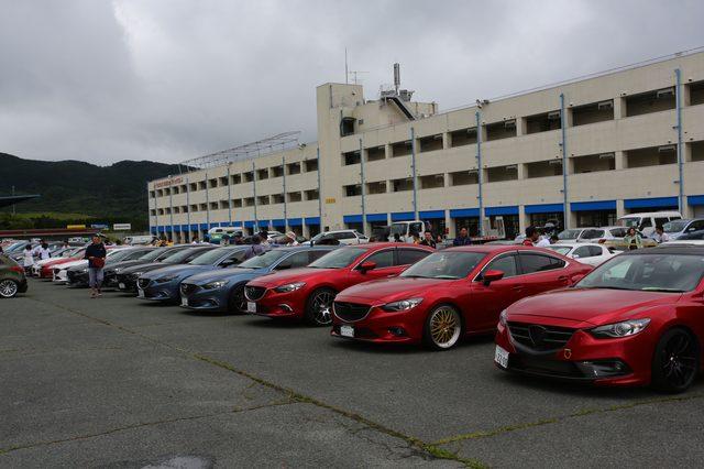 画像10: 200台を超えるマツダ車が結集!マツダファン九州ミーティング 2015 in AUTOPOLIS