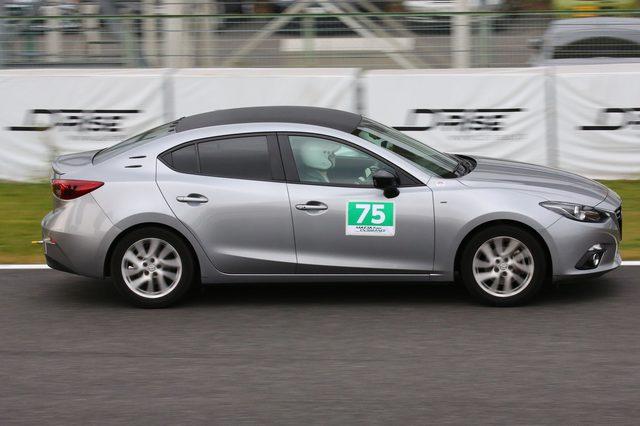 画像10: 「ナンバー付のマツダ車で、150分間にどれだけサーキットを周回できるか」