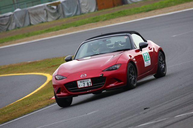 画像2: 「ナンバー付のマツダ車で、150分間にどれだけサーキットを周回できるか」
