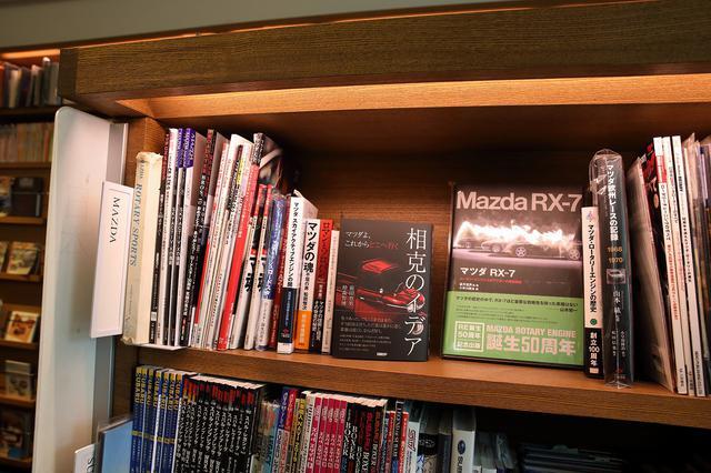 画像7: 代官山蔦屋書店にて「MAZDA ROADSTER 30th Anniversary」フェア開催中