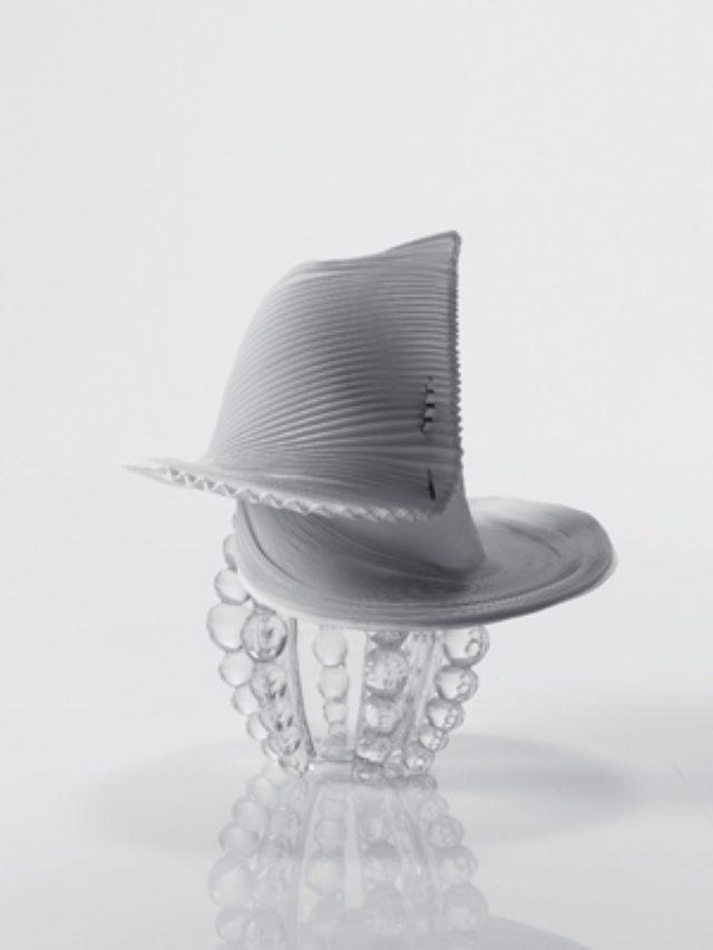 画像: イッセイ ミヤケから3Dスチームストレッチを使った初の帽子コレクションが登場!