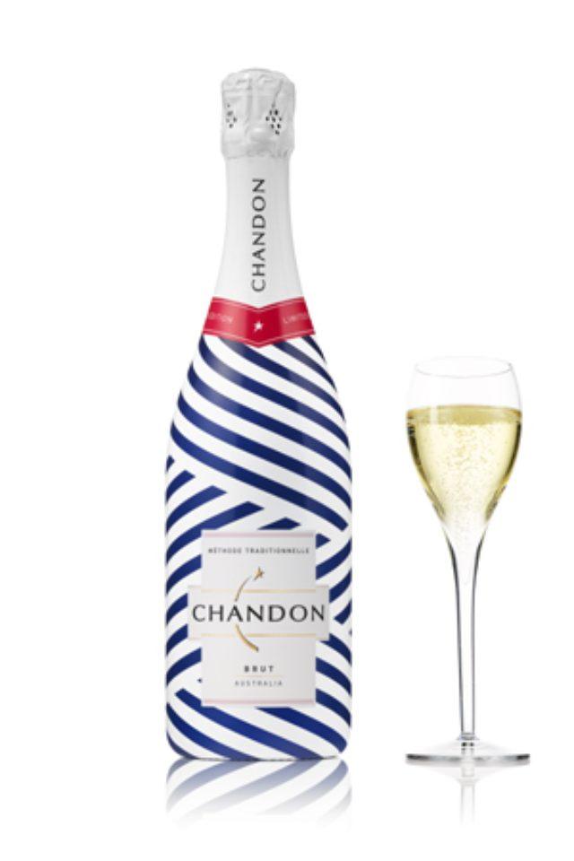 画像: 夏をおしゃれに盛り上げる、プレミアム スパークリングワイン「CHANDON」のサマーボトル。