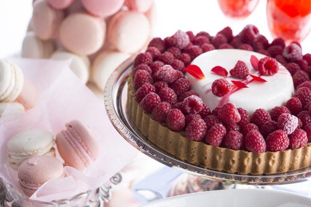 画像: パステルカラーの美しいビジュアルにときめく! ヒルトン東京が「恋するプリンセス」デザートブッフェを開催。