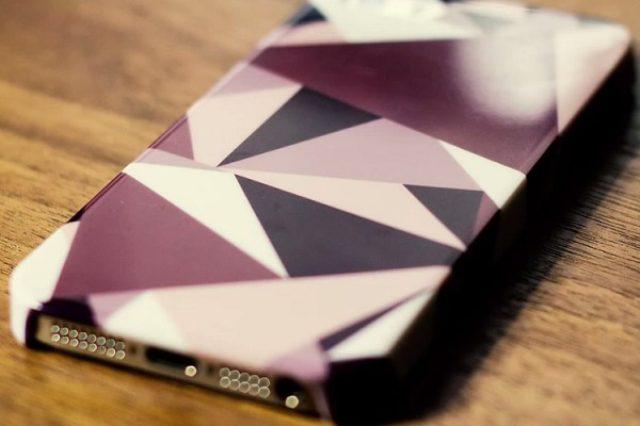 画像: 自分の思い出がビジュアル化するケース『MIRROR』プロジェクトが素敵!