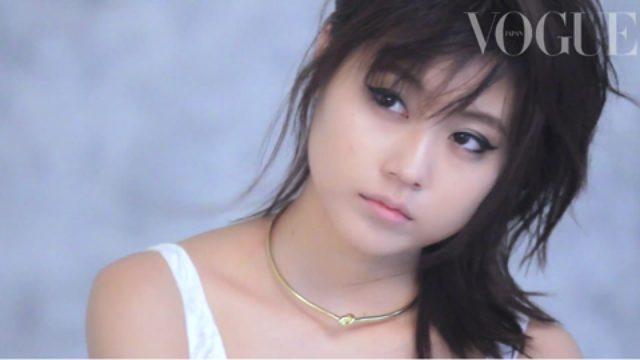 画像: 若手女優、有村架純が、VOGUE JAPANに初登場。