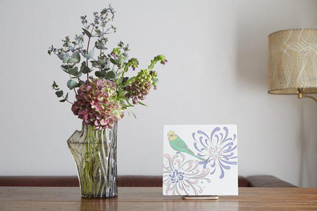 画像: イラストレーター/アーティストの松尾たいこさんが初の陶画展を開催中。