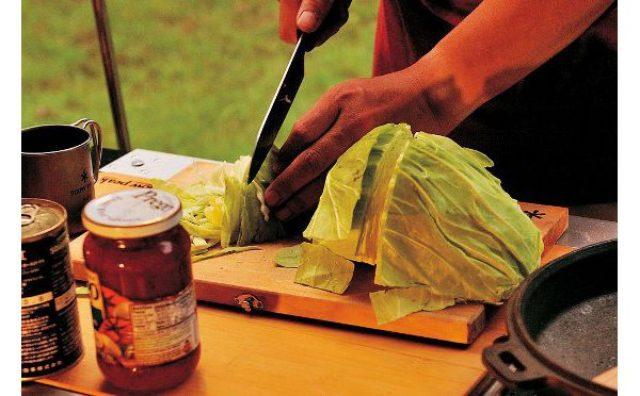 画像: まな板が包丁ケースに!アウトドアに便利なスノーピークの調理セット