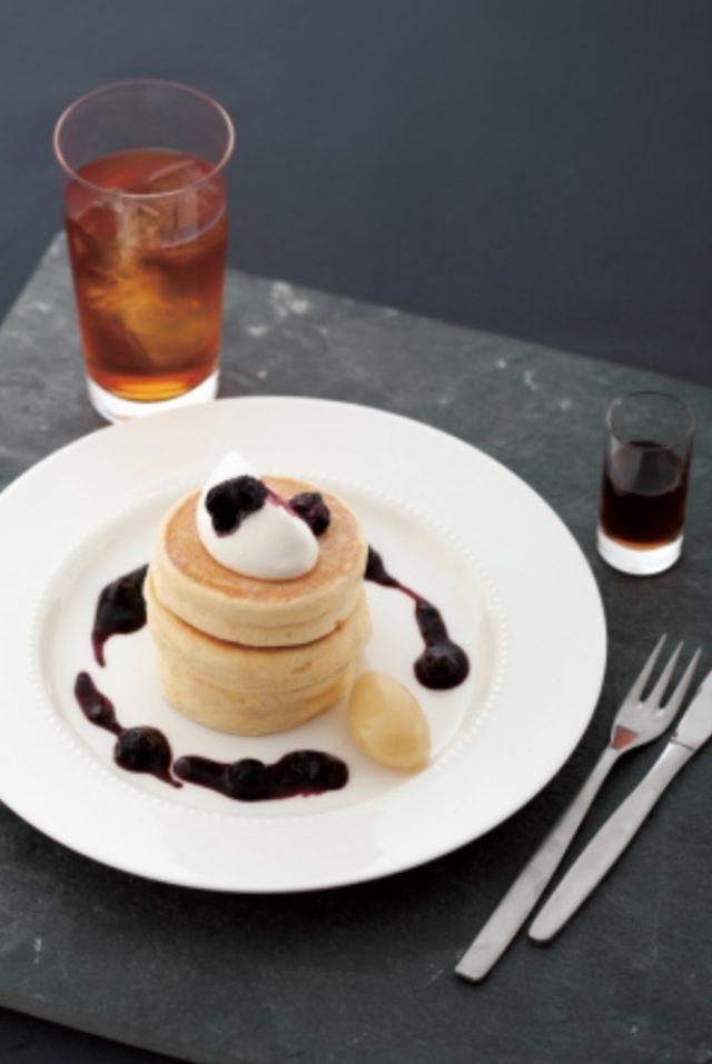 画像2: リコッタ・チーズのパンケーキ~フレッシュブルーベリージャム~