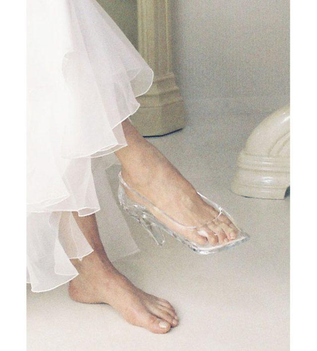 画像: シンデレラ気分になれるかも!?本当に履けるガラスの靴がスゴイ!