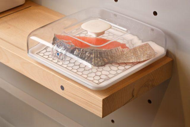 画像: これが未来のキッチン!?IKEAがレシピ表示から調理までできるテーブルを発表