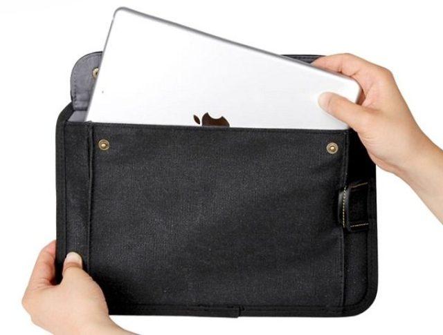 画像: スマホや音楽デバイスを鞄からさっと取り出せる収納ボードが便利!