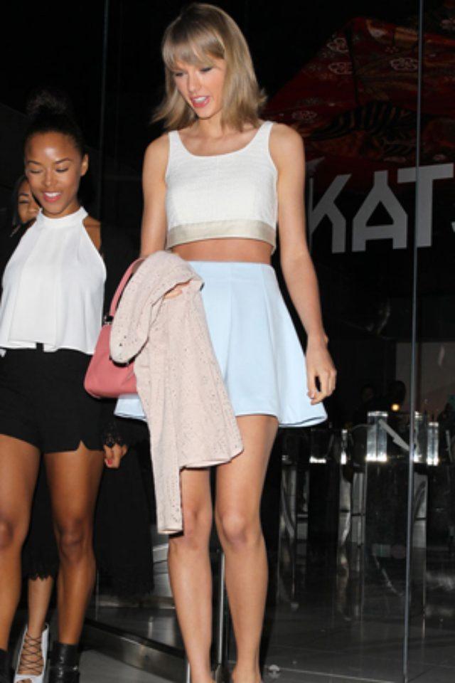画像: テイラー・スウィフト、初となる自身のファッションラインを発表。