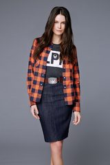 画像: ルシアン ペラフィネ、パリ発ブランド「レスアーティスト」とのコラボTシャツを発売。
