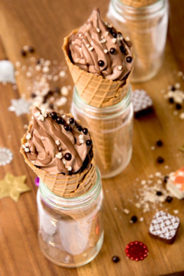画像: 「MAX BRENNER」が、東京ソラマチ店限定で、日本初登場となるソフトクリームを販売中!