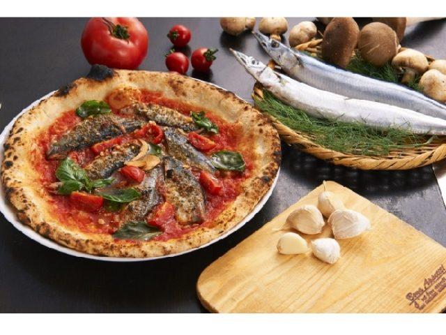 画像: こんなピザ今までにあった?!「Napoli's PIZZA & CAFFÉ」にサンマのピッツァ登場