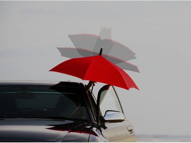 """画像: この発想はなかった!?傘の常識が変わる""""逆に開き逆に閉じる傘""""いよいよ発売"""