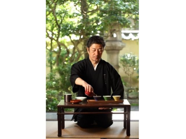 画像: 「Salon de KANBAYASHI」にて上林春松氏直々に指導!究極の日本茶体験イベントに参加してみない?