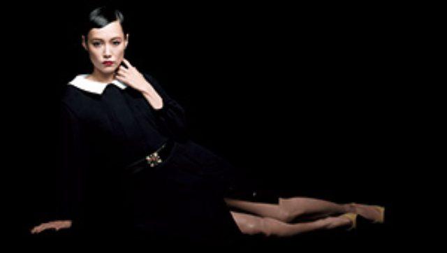 画像: 資生堂の「エリクシール」から初の美顔器キットが限定発売。