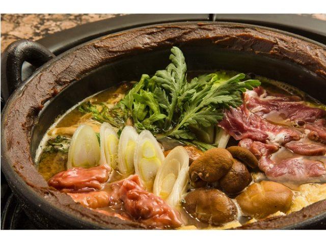 画像: 忘年会や新年会にどうぞ、肉にこだわった焼き肉店が鍋料理を提供、味噌・だしも極めた一品!