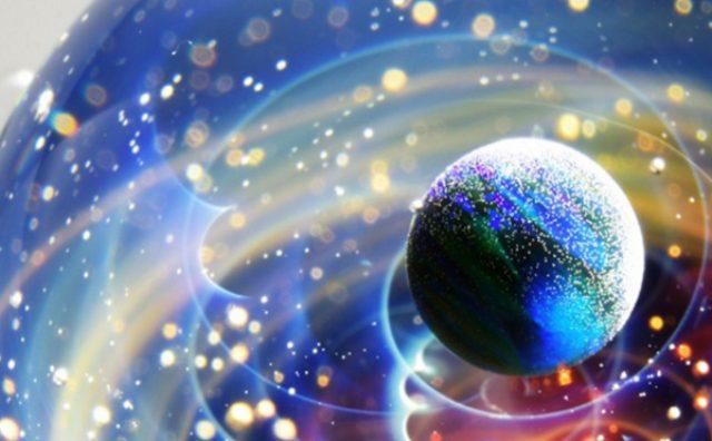 """画像: ガラスの中の小宇宙!美しすぎる""""宇宙ガラス""""が話題に"""