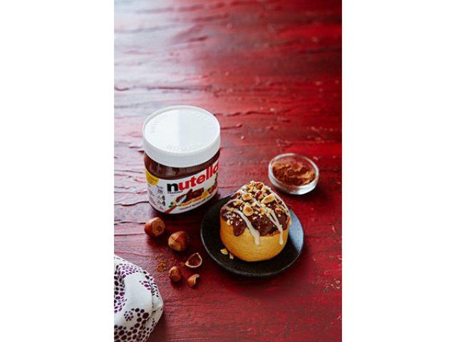 画像: 世界の「ヌテラ」と限定コラボ!ヘーゼルナッツ風味のもちもちシナモンロールが「シナボン」から登場
