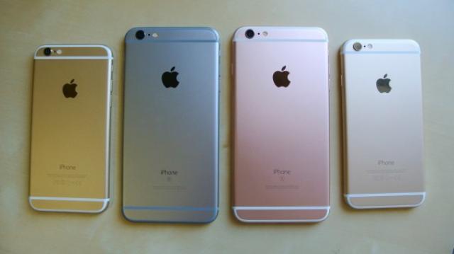画像1: 少し先のお話になりますが、来年2017年のiPhoneラインアップはガラリと変わって、iPhone 4を彷彿とさせるガラスを基調としたデザイン、有機ELディスプレイやワイヤレス充電の搭載となりそうです! The post 2017年のiPhoneラインアップはガラリと変わる?有機ELディスプレイ搭載に、Plusシリーズは5.8インチへ? appeared first on Spotry.me. spotry.me