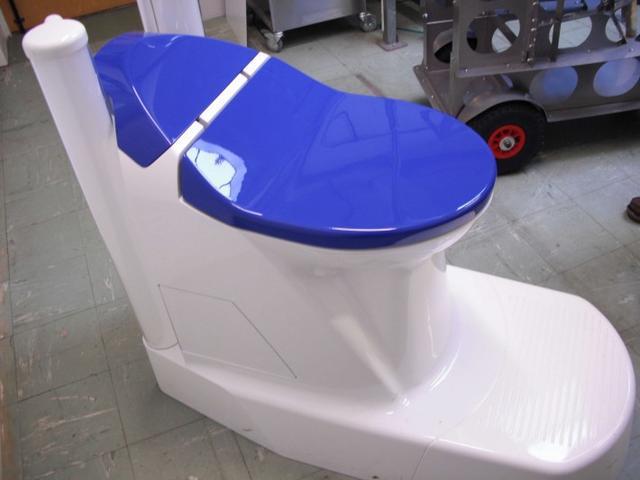 """画像: これは画期的!ナノテクで""""水要らずのエコトイレ""""をイギリスの大学が開発中"""