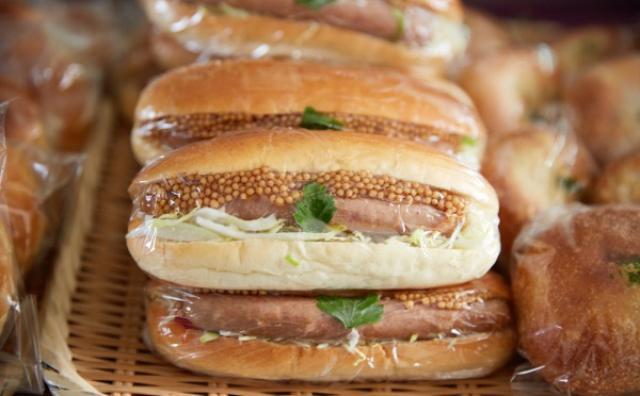 画像: 懐かしい菓子パンや惣菜パンがテーマ☆「青山パン祭り」が開催