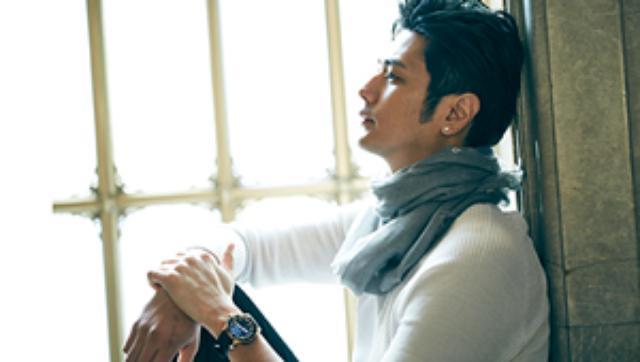 画像: ゲランの名香「MITSOUKO」を有田焼のスペシャルボトルで限定発売。